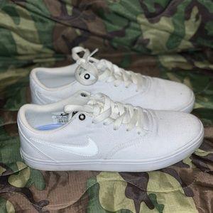 NIKE SB Check Solarsoft Canvas White Womens Shoes